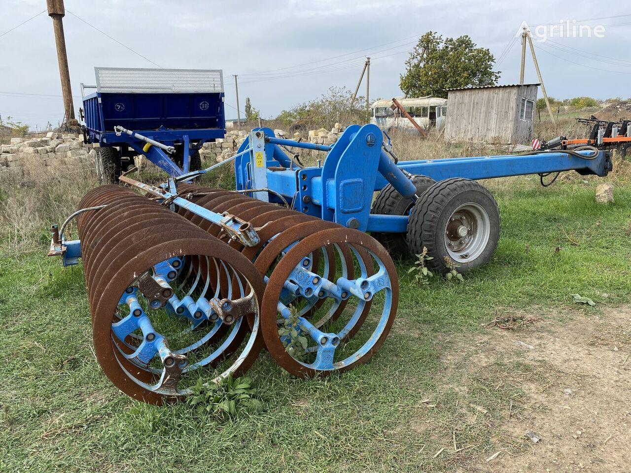 LEMKEN VarioPack field roller
