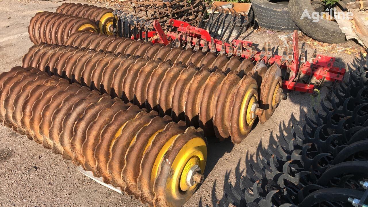 VÄDERSTAD Carrier 520, 650, 820, 1225 field roller