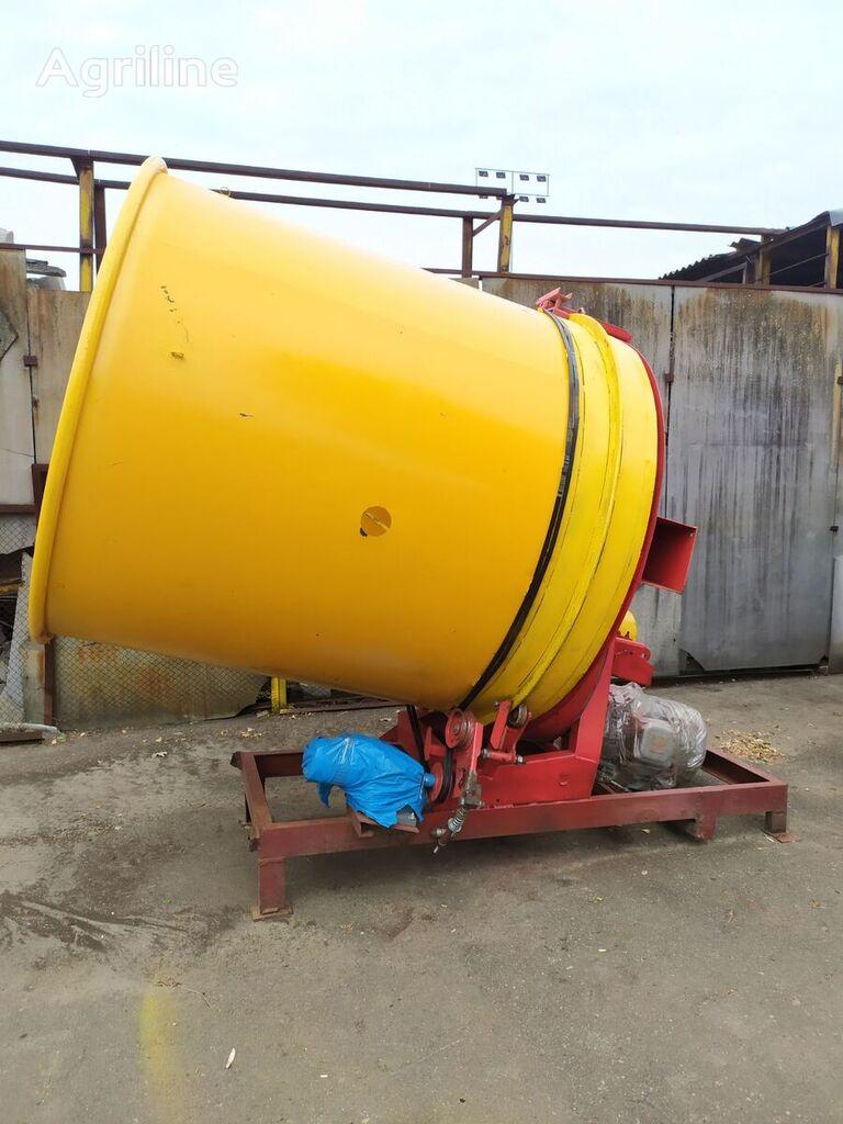 TEAGLE Tomahawk 505M forage equipment