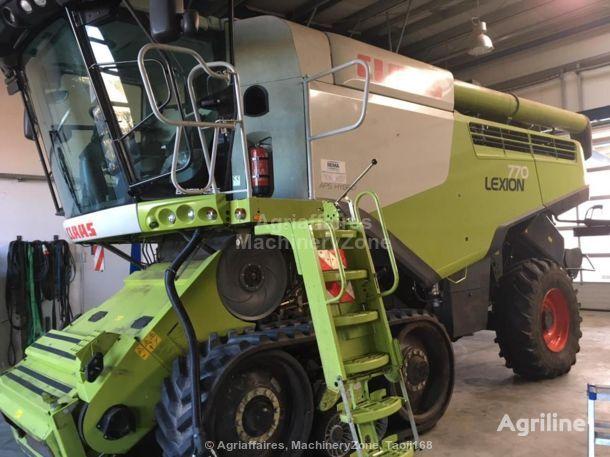 CLAAS Lexion 780 TT forage harvester