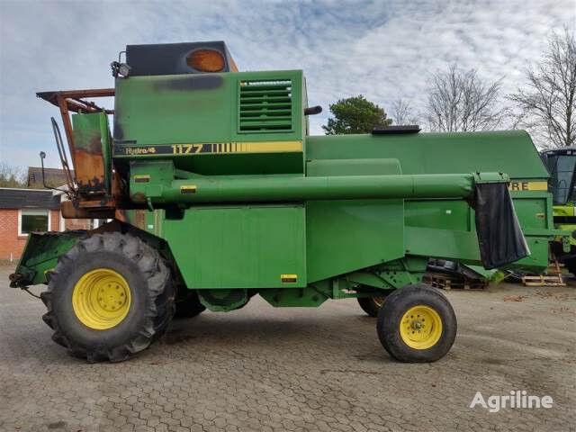 JOHN DEERE 1177 Hydro 4  grain harvester for parts