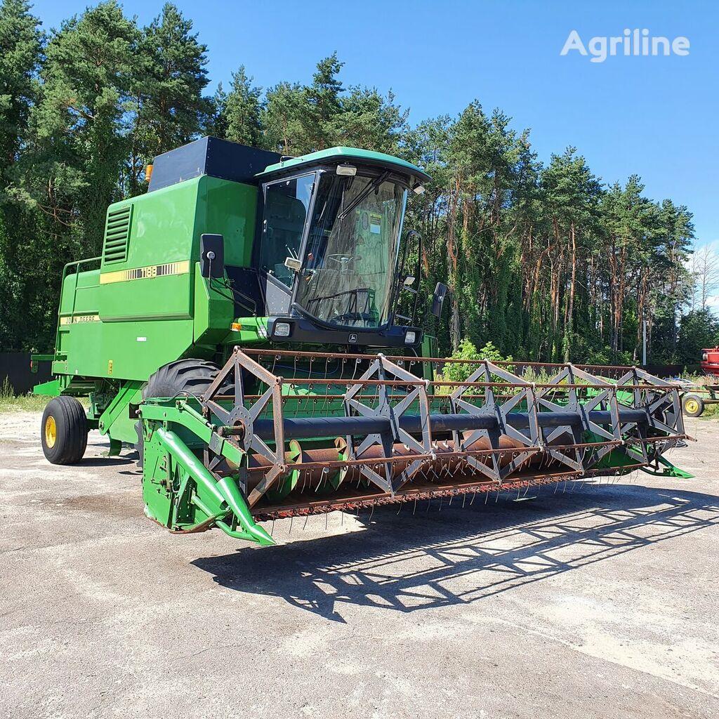 JOHN DEERE 1188 grain harvester