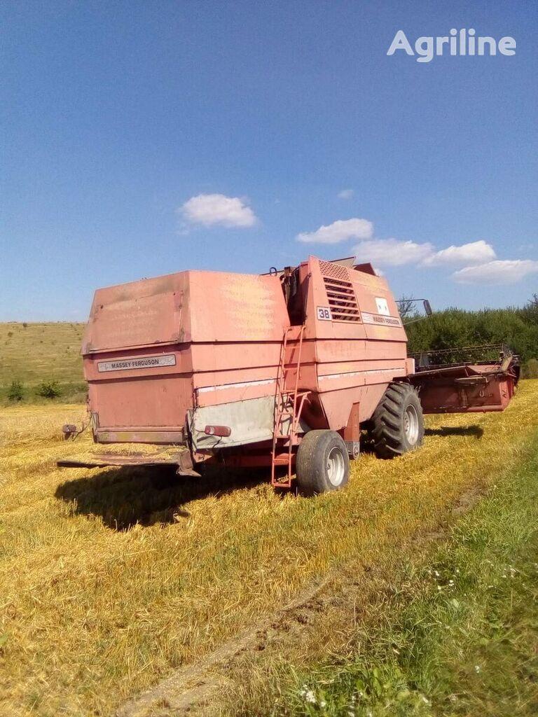 MASSEY FERGUSON 38 grain harvester