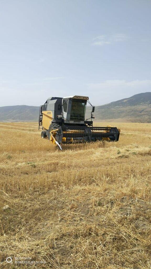SAMPO SR 2035 grain harvester