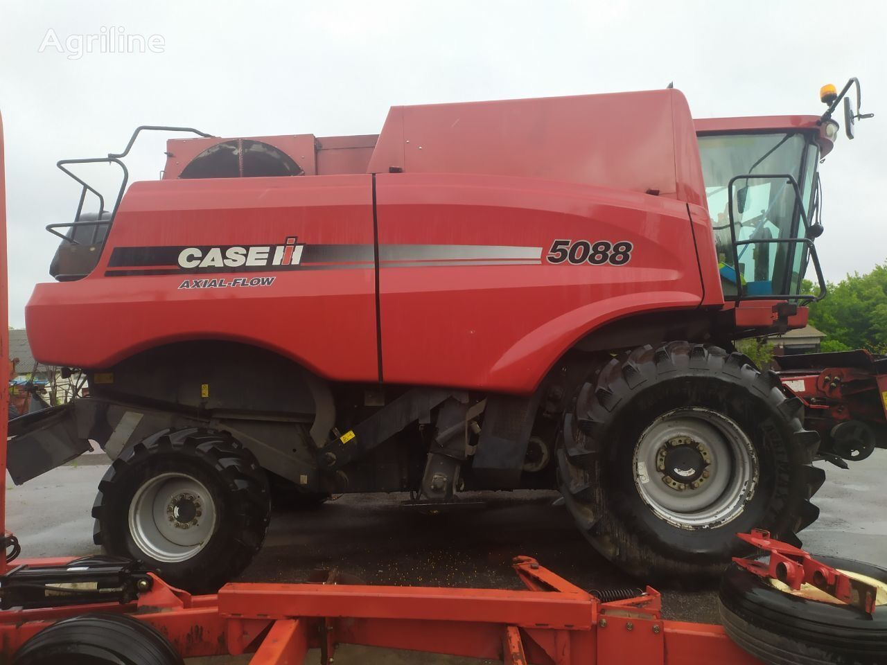 CASE IH Axial-Flow 5088 grain harvester
