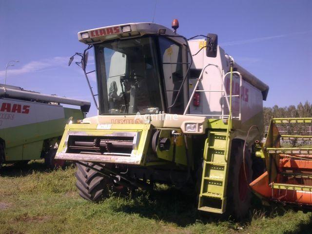 CLAAS LEXION 460 3D 7.5 V grain harvester