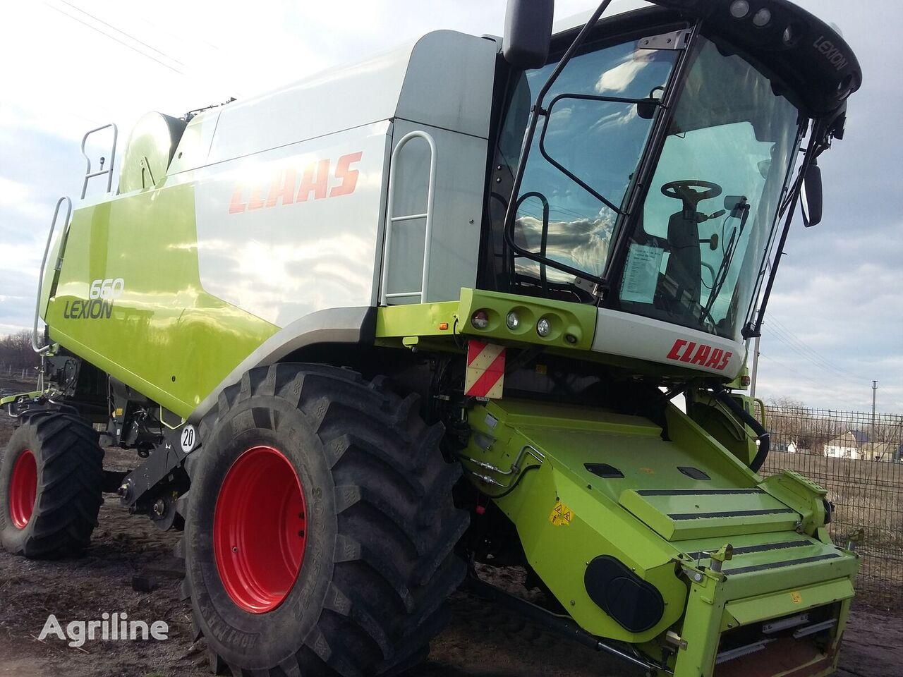 CLAAS Lexion 660 grain harvester