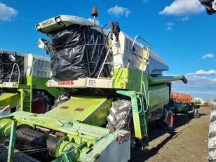 CLAAS Mega 360 grain harvester