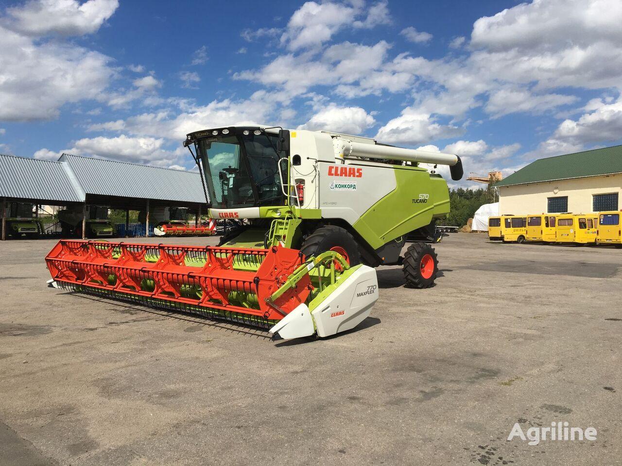 CLAAS TUCANO 570 grain harvester