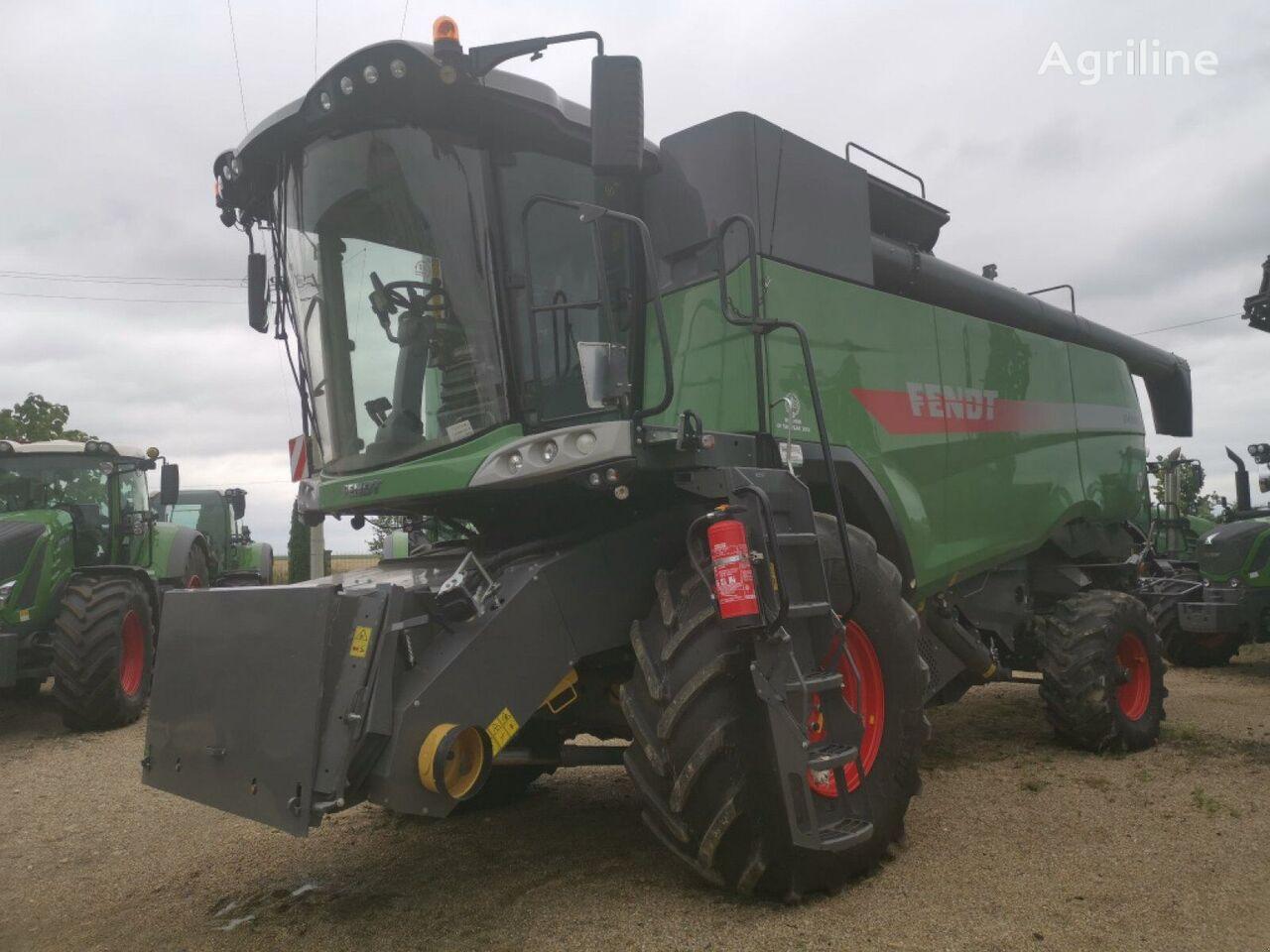 FENDT 9490 X grain harvester
