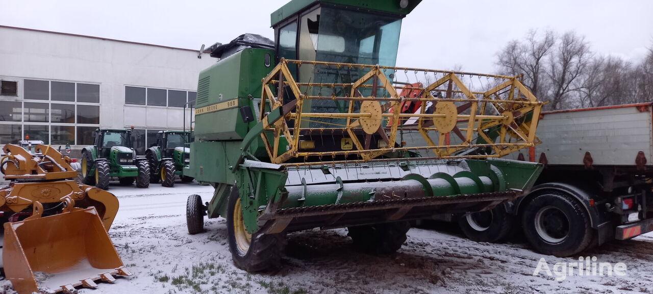 JOHN DEERE grain harvester for parts