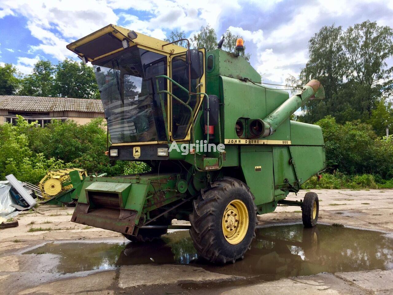 JOHN DEERE 955 grain harvester