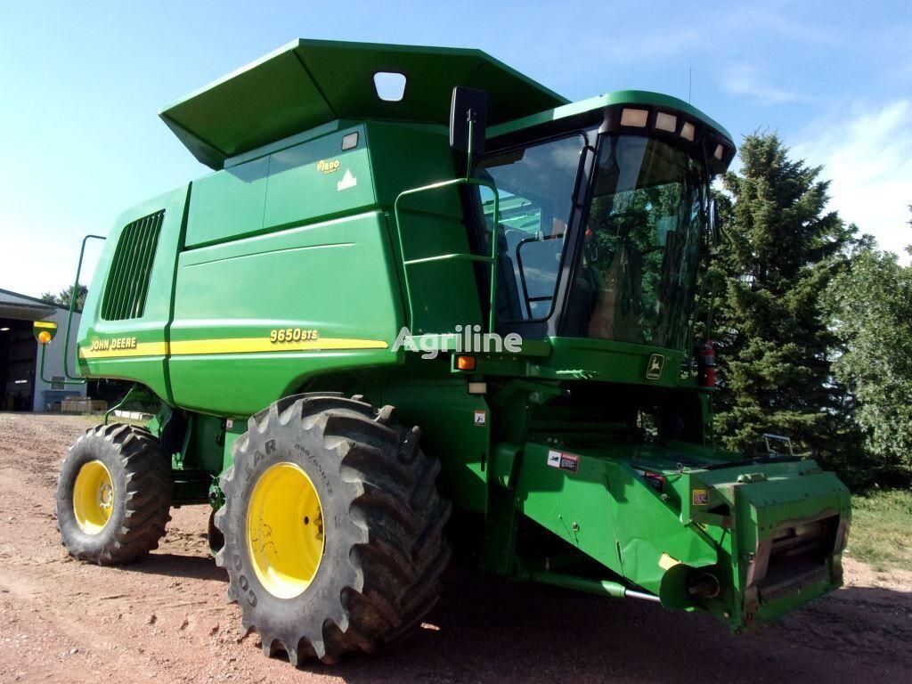 JOHN DEERE 9650sts  grain harvester
