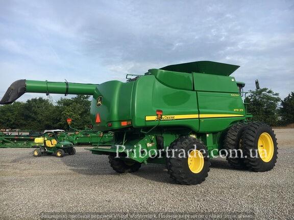 JOHN DEERE 9770 PROSMOTR ZVONITE grain harvester