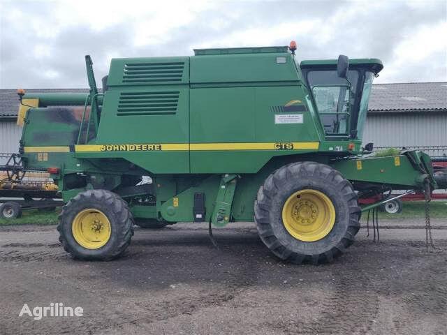 JOHN DEERE 9780CTS grain harvester for parts