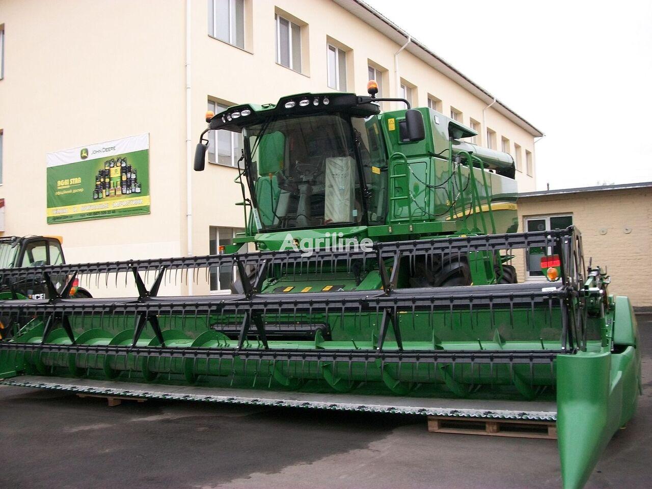 JOHN DEERE S660 grain harvester