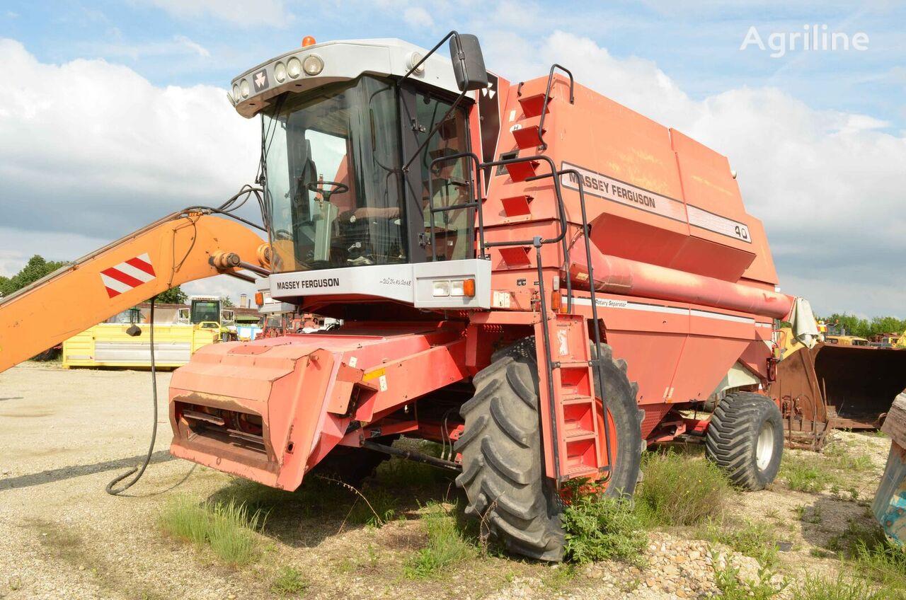 MASSEY FERGUSON 40 grain harvester