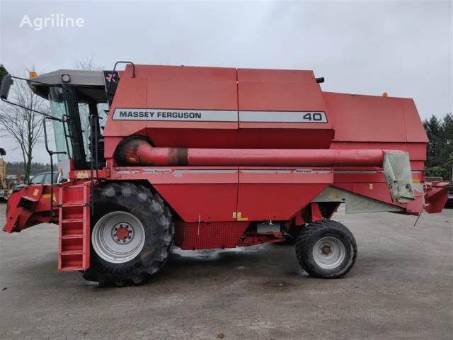 MASSEY FERGUSON 40 Sælges i dele/For parts grain harvester