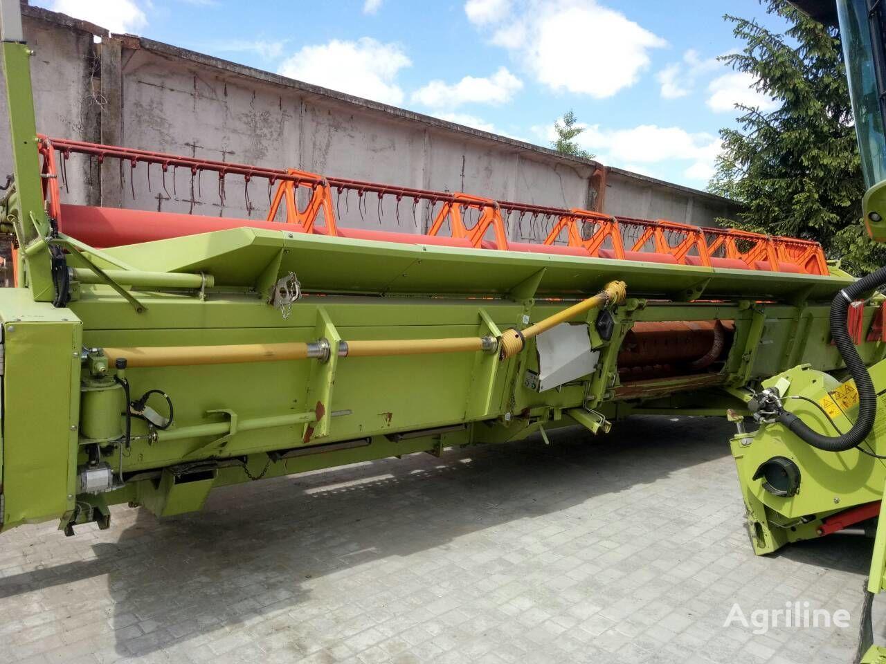 CLAAS Vario 900 grain header