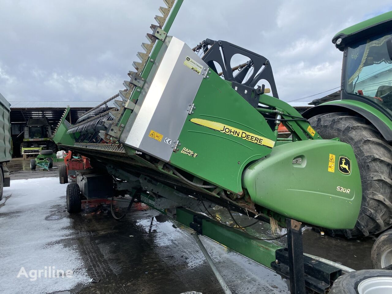 JOHN DEERE 630R/635r grain header