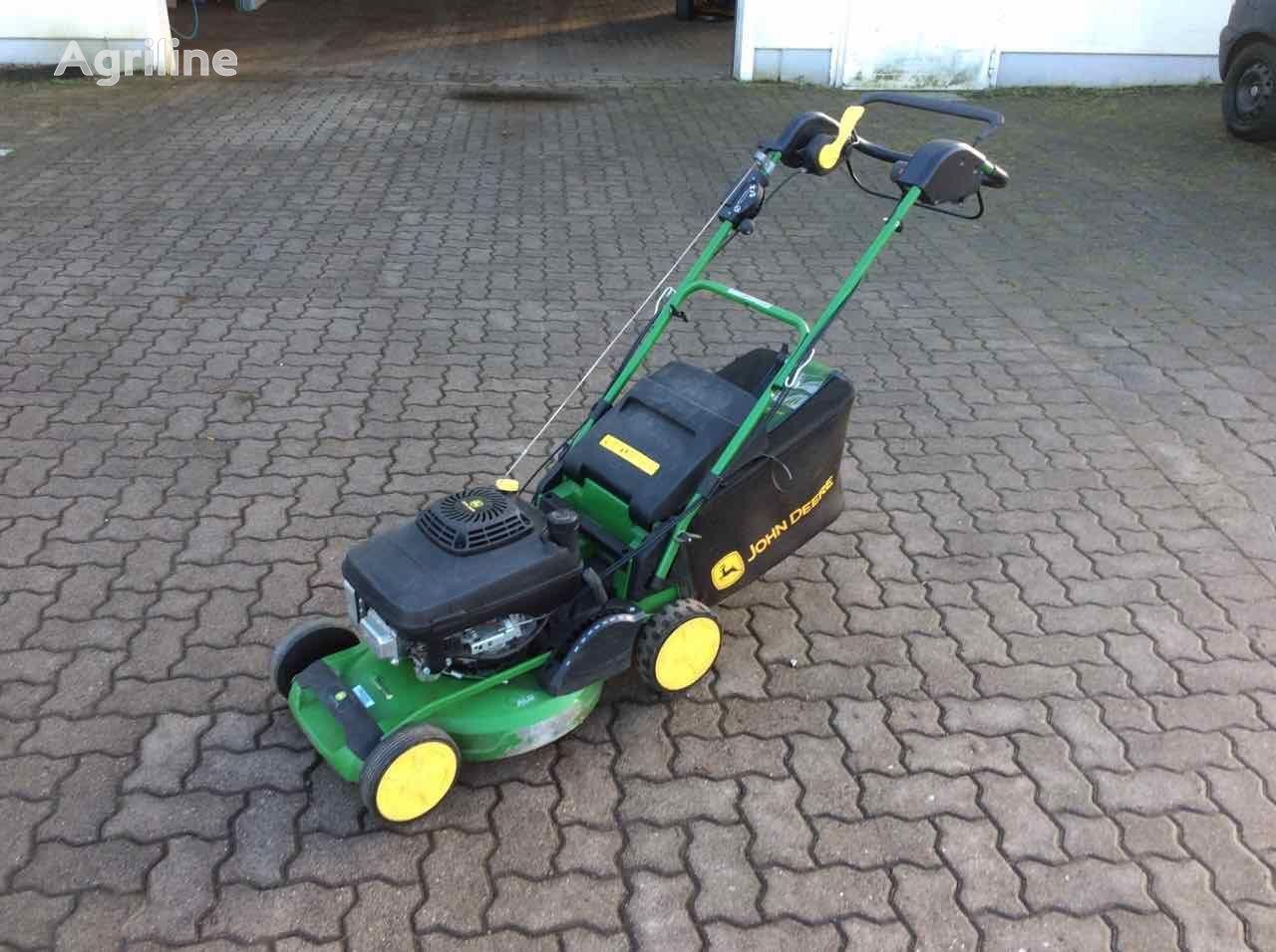 JOHN DEERE R47KB lawn mower