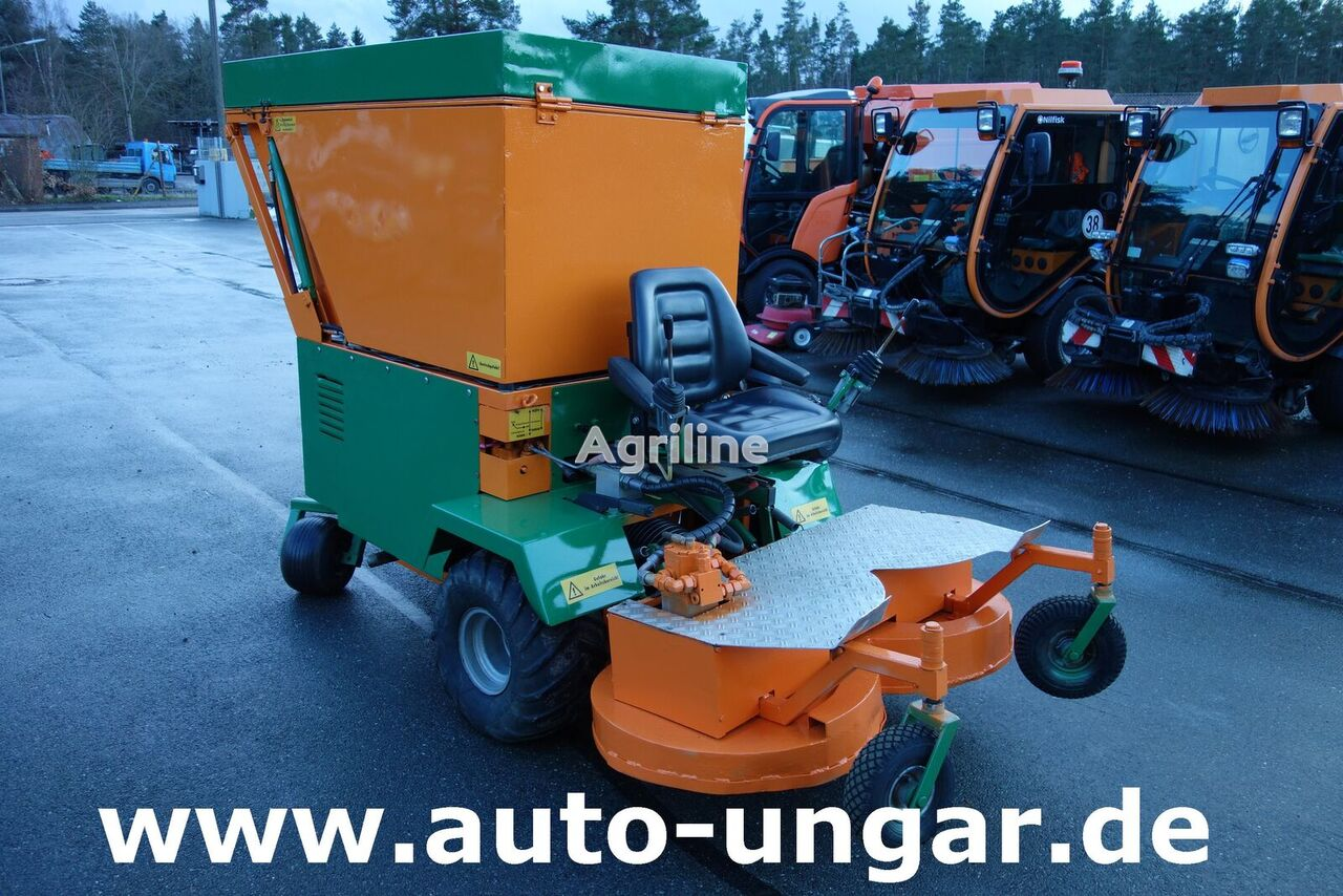 KUBOTA Werner - Absaugmäher ASM 125 Hochentleerung Zero-Turn lawn tractor