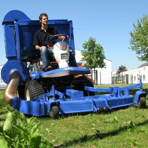 new ISEKI SF-300 lawn tractor