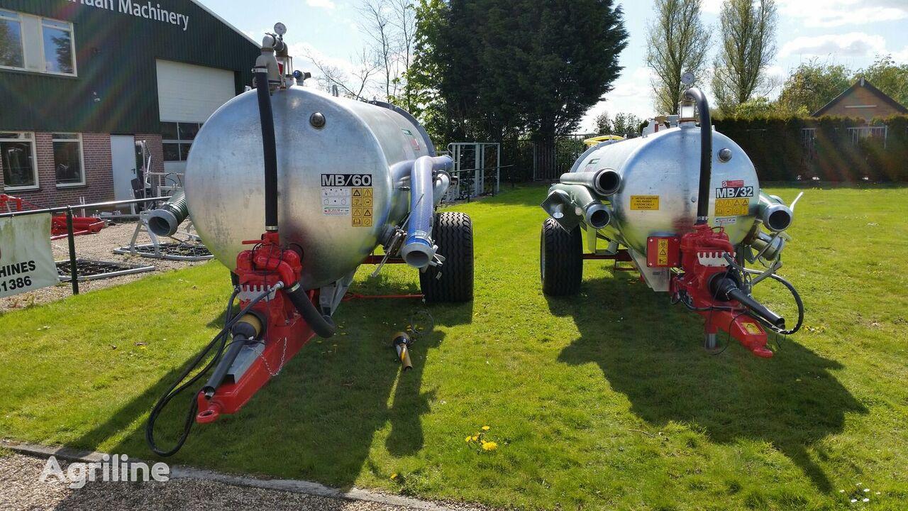 Watertank met haspel liquid manure spreader