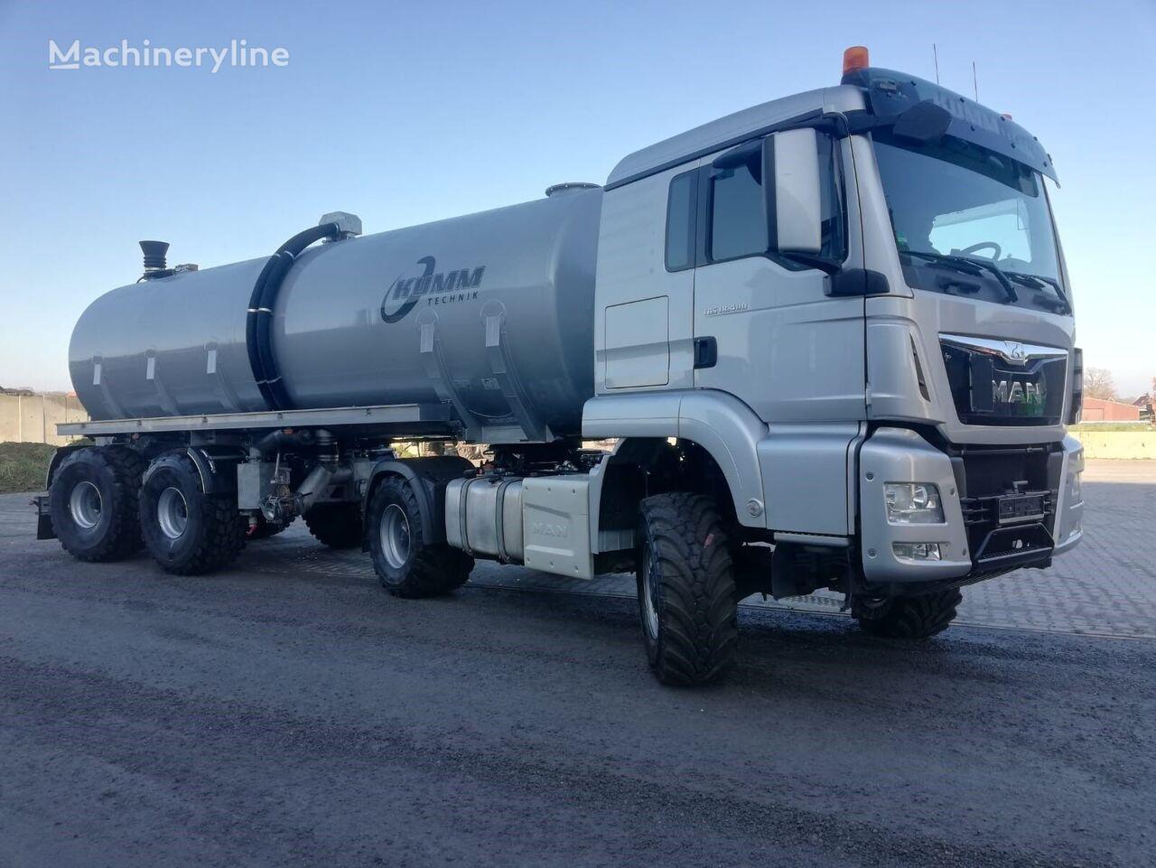 new KUMM KTD 28 + MAN TGS 18.480 Offroad liquid manure spreader