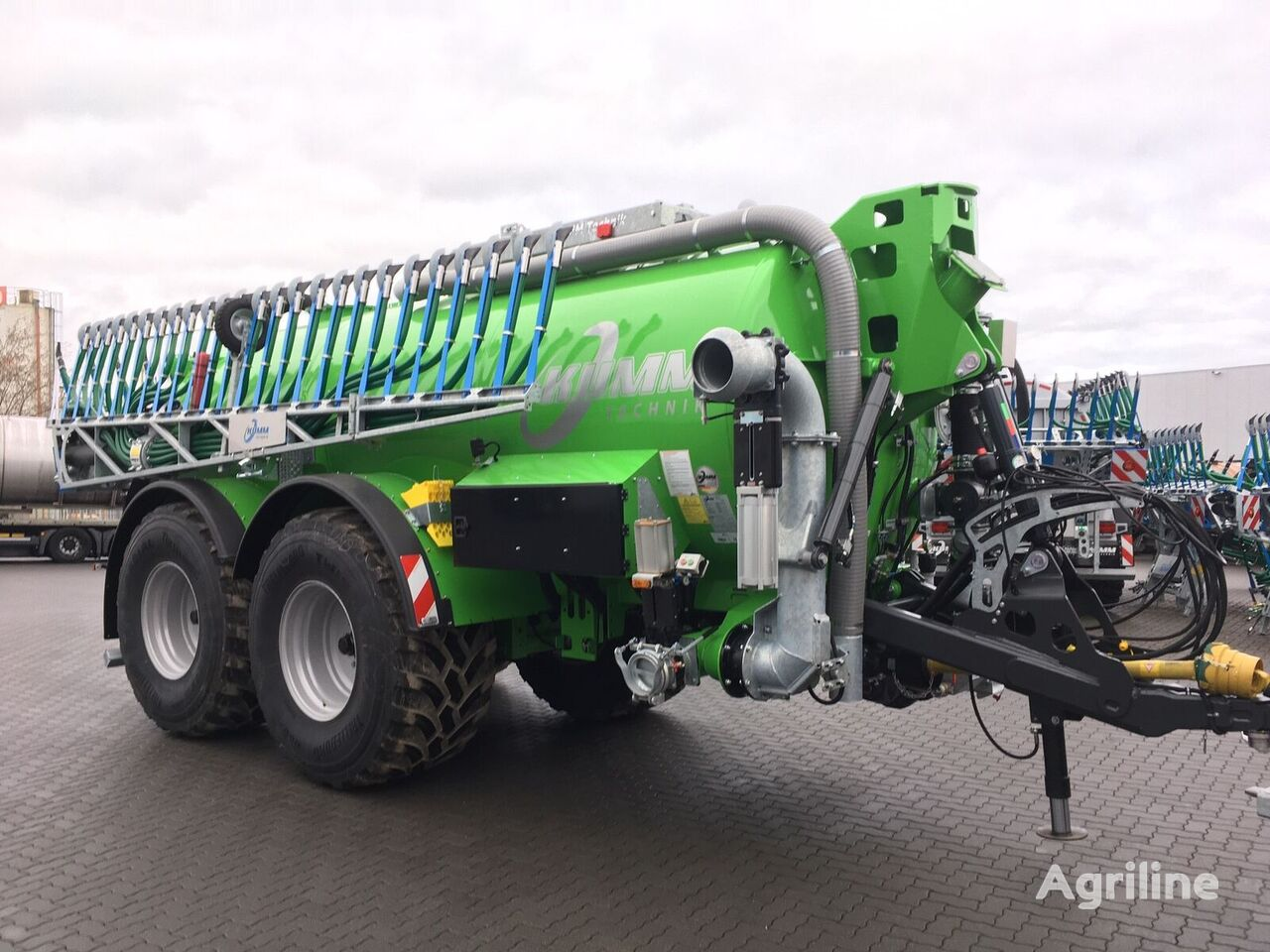 new KUMM KTR 20,5 liquid manure spreader