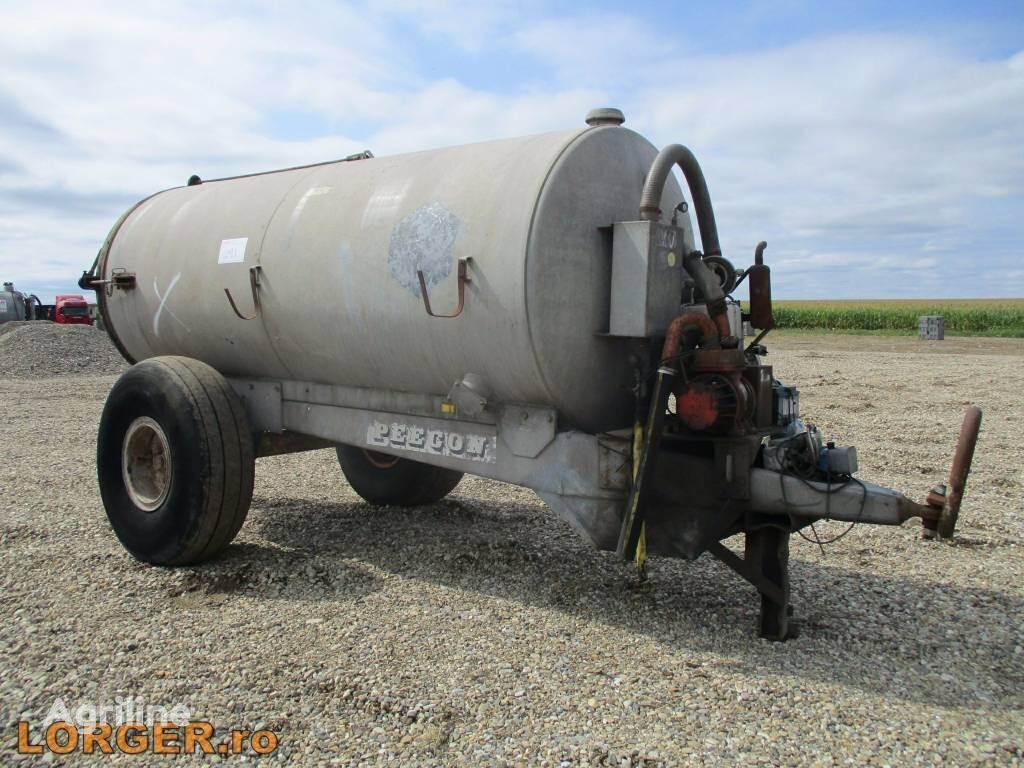 Peecon 8000 liquid manure spreader