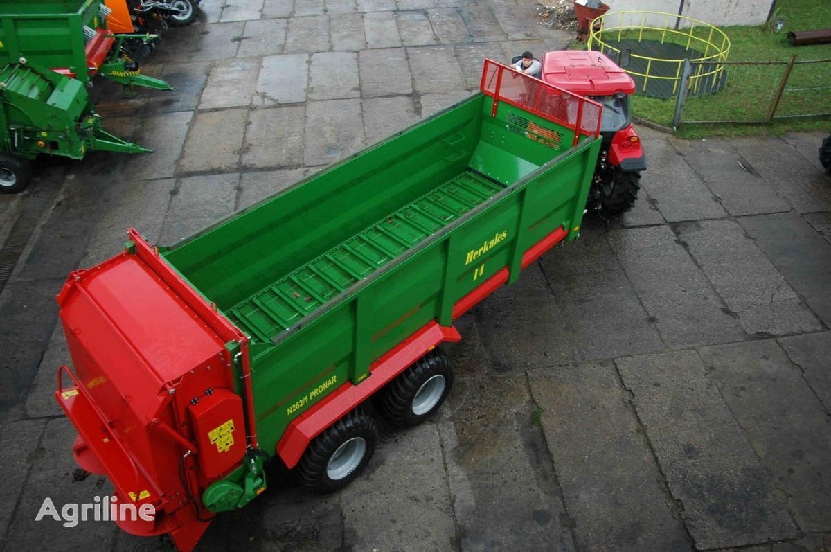 PRONAR N262/1 HERKULES manure spreader