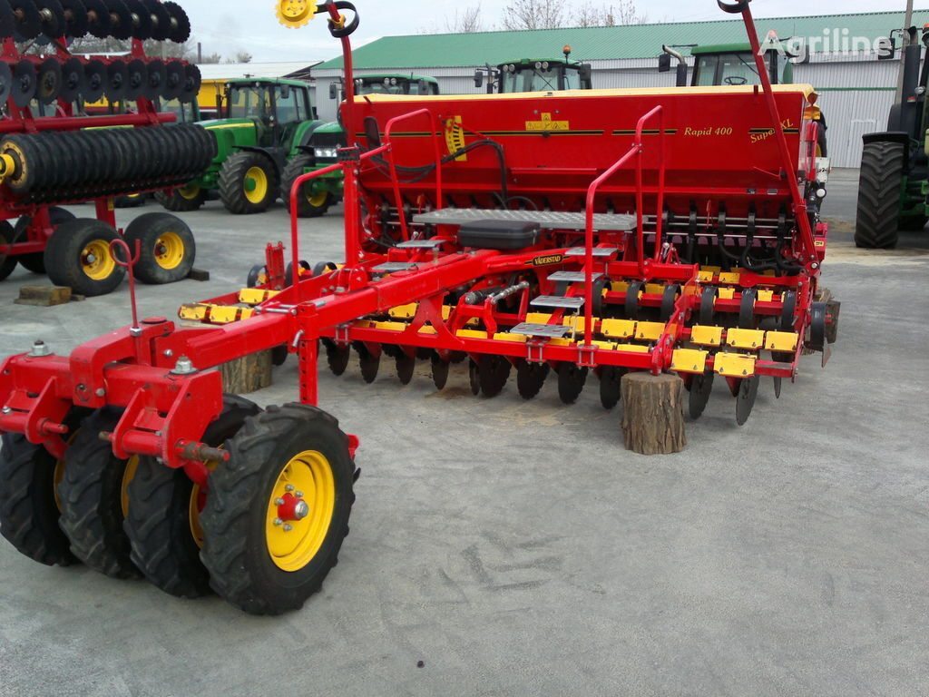 VÄDERSTAD Rapid 400C mechanical seed drill