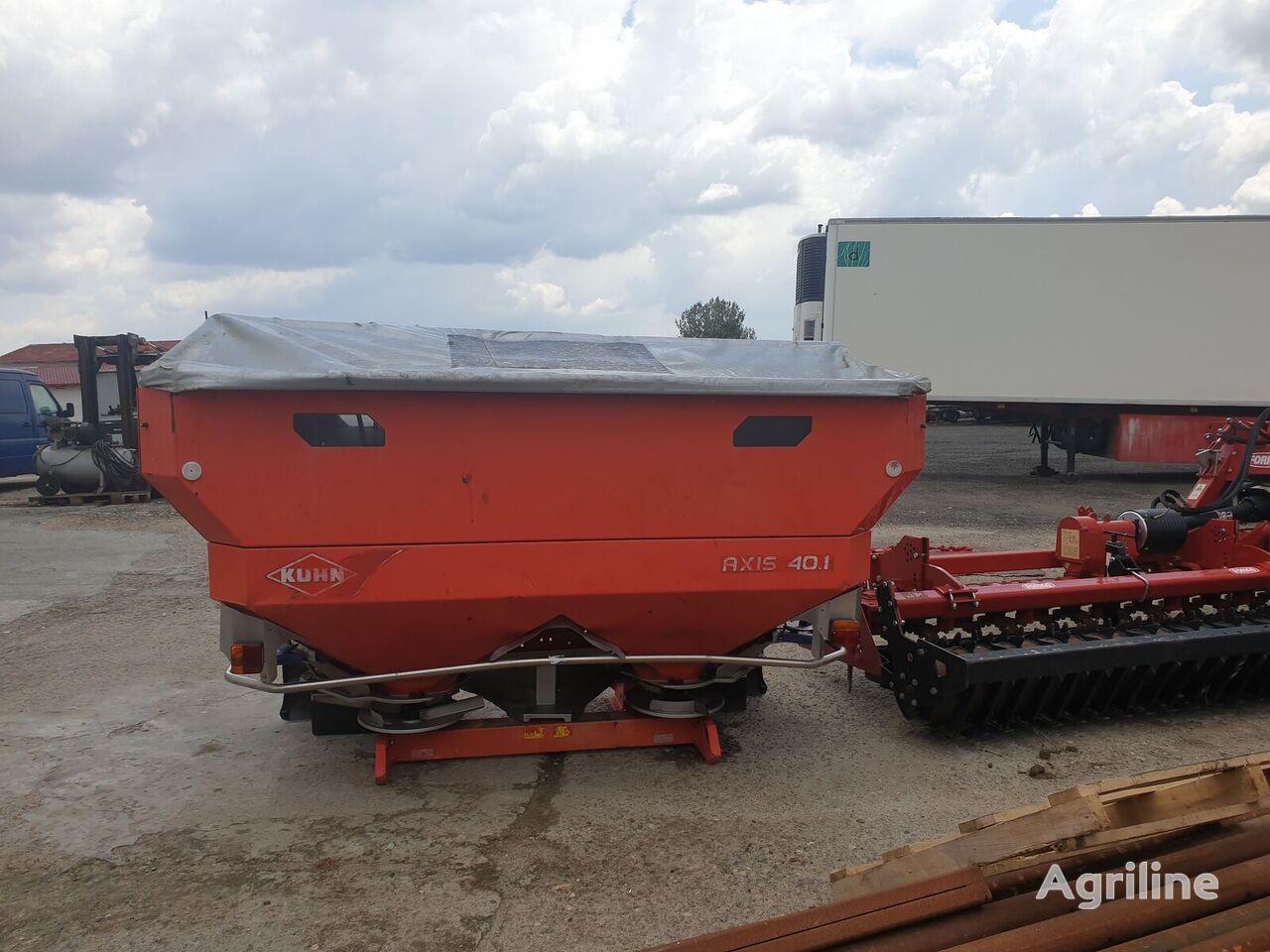 KUHN AXIS 40.1 mounted fertilizer spreader