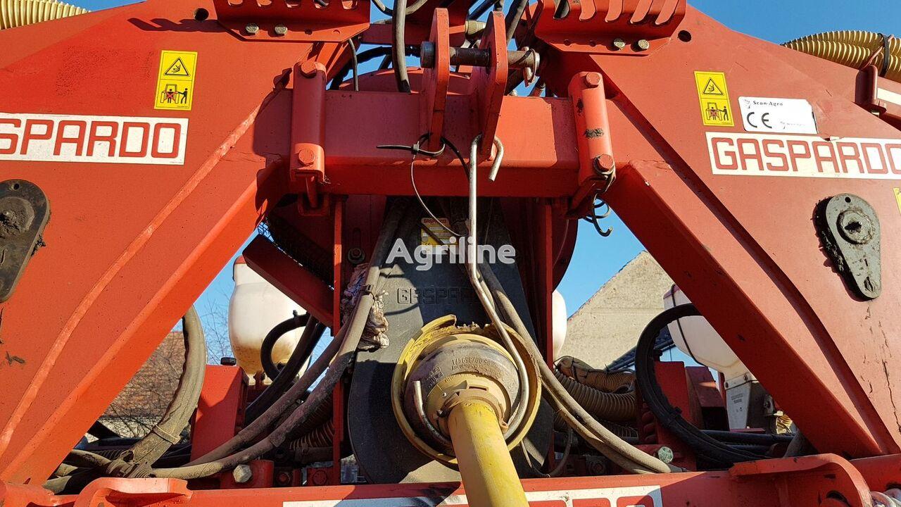 GASPARDO pneumatic precision seed drill