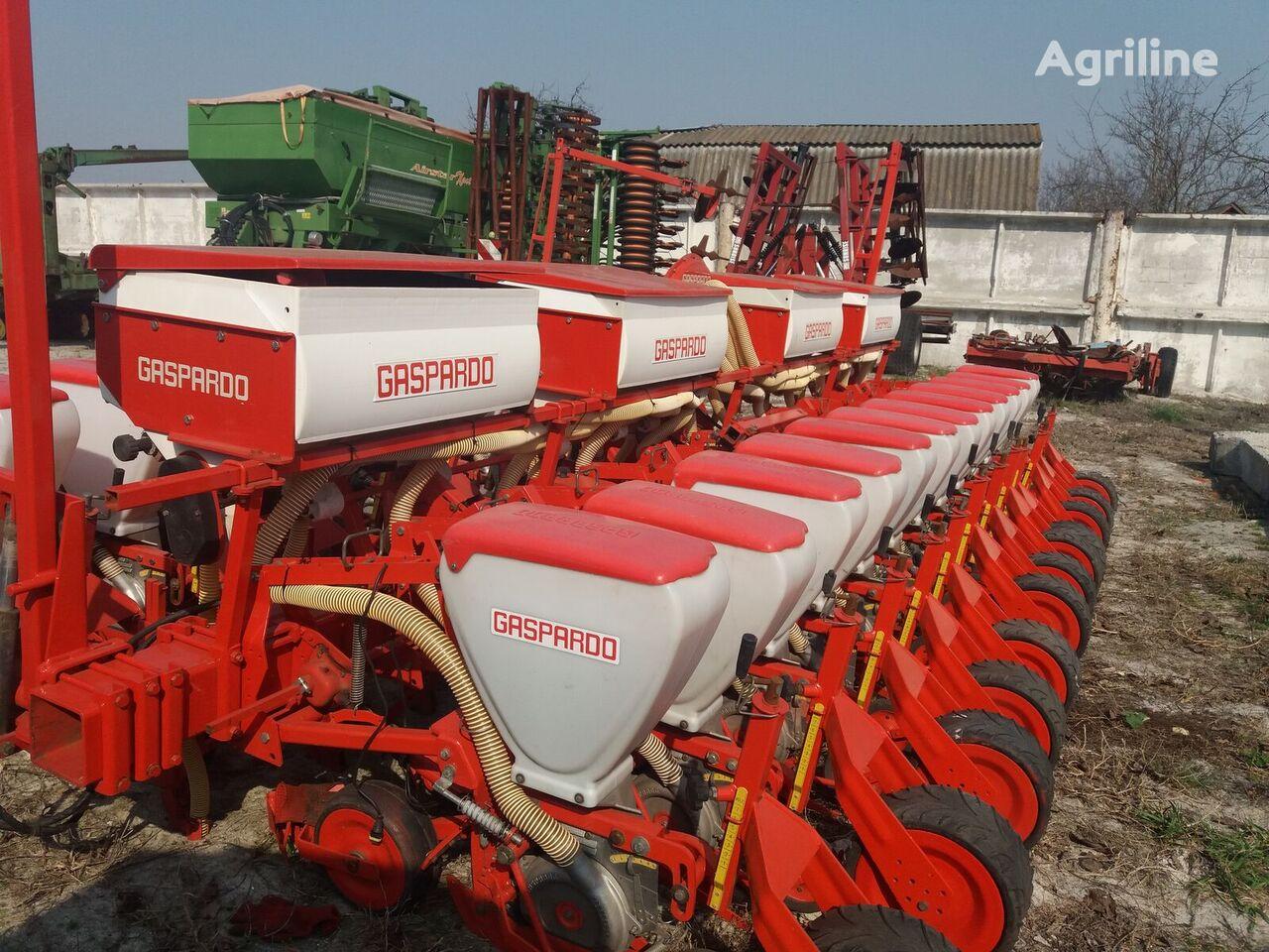 GASPARDO sp 12 pneumatic precision seed drill