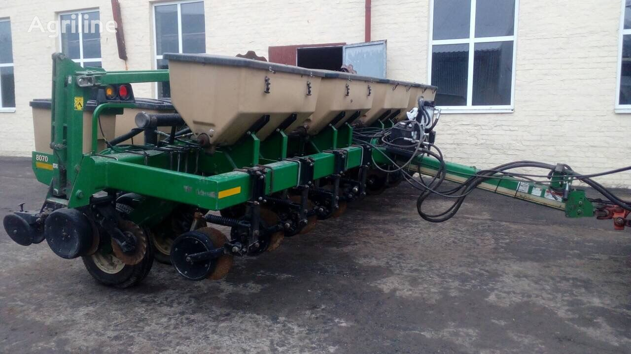 GREAT PLAINS PD 8070 pneumatic precision seed drill