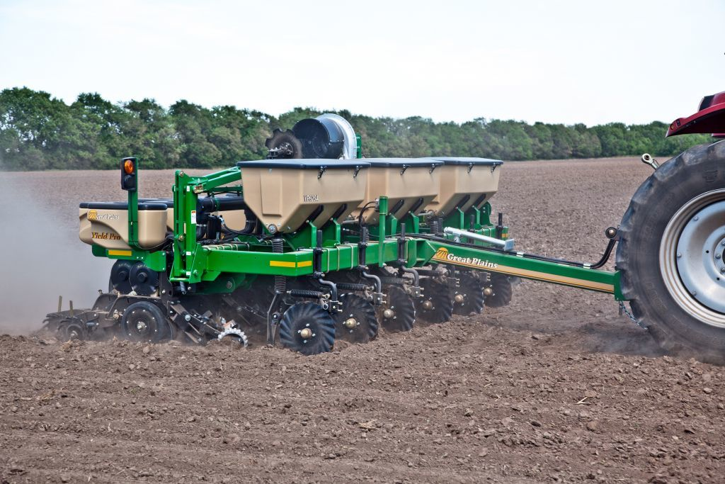 new GREAT PLAINS YP 825A  pneumatic precision seed drill