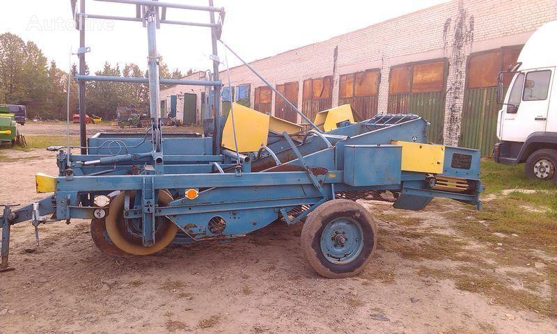 KARLIK Z 642 potato harvester