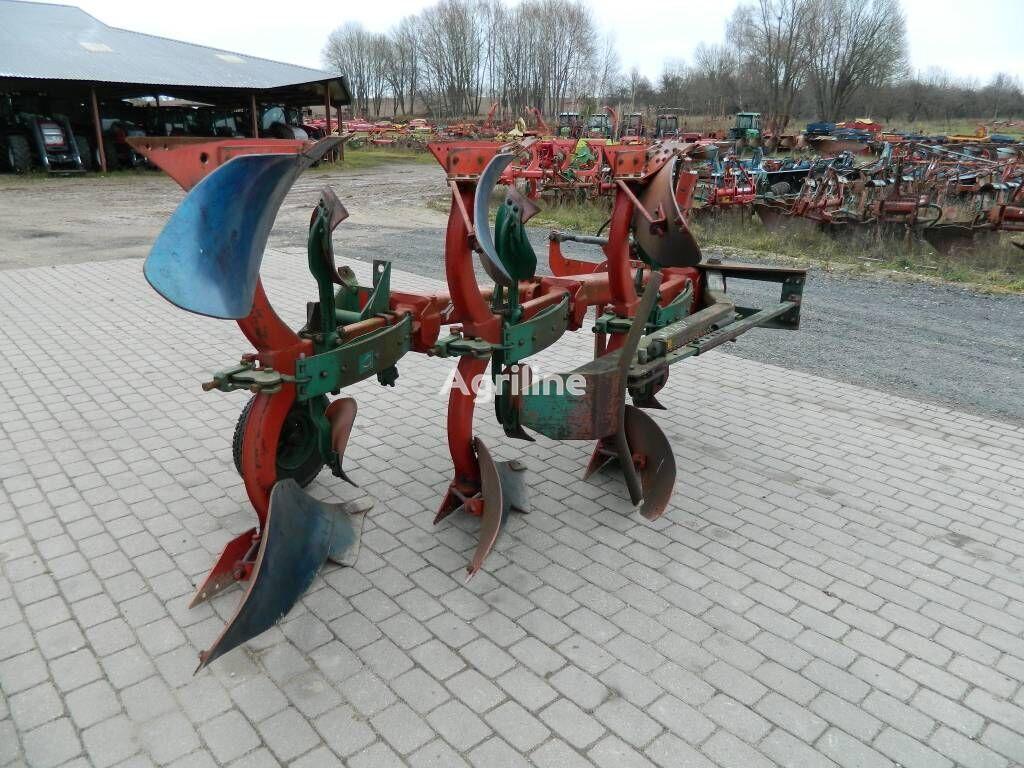 KVERNELAND 3 reversible plough