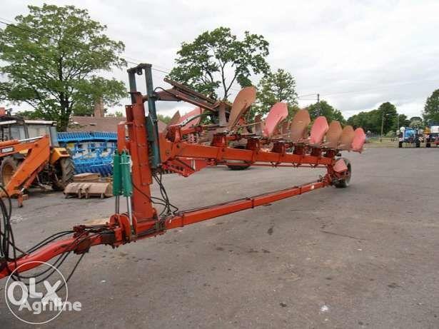 KVERNELAND PB 100 reversible plough