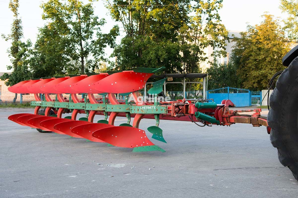 KVERNELAND PC8NR reversible plough