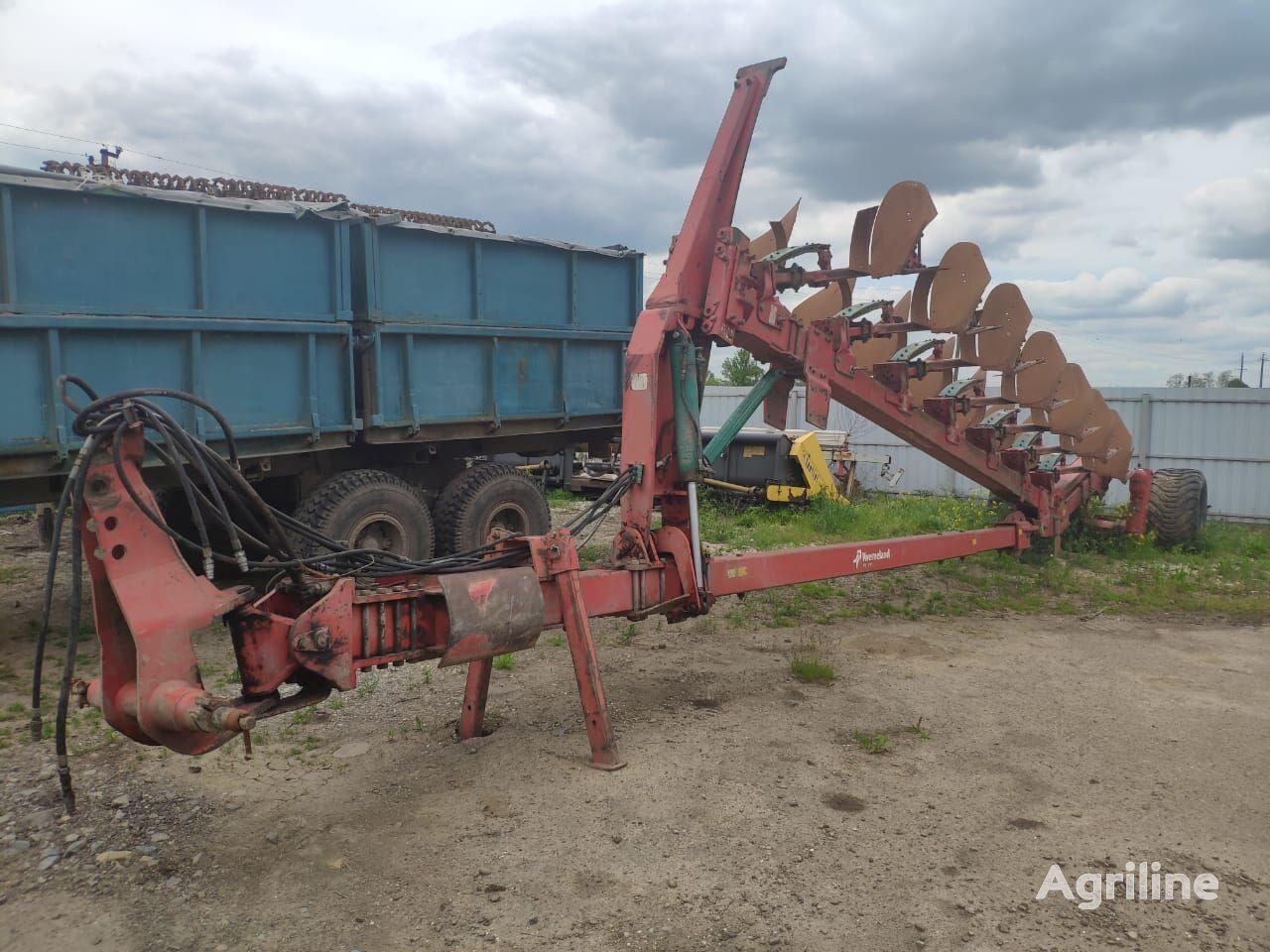 KVERNELAND PX 100 reversible plough