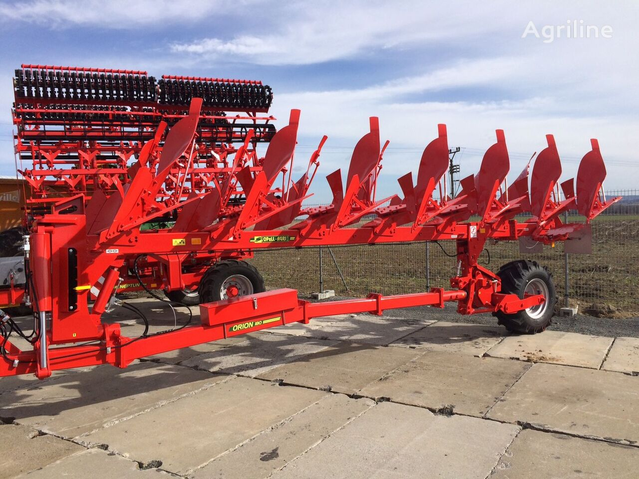 new OPaLL-AGRI plug Orion 180 6+1 reversible plough