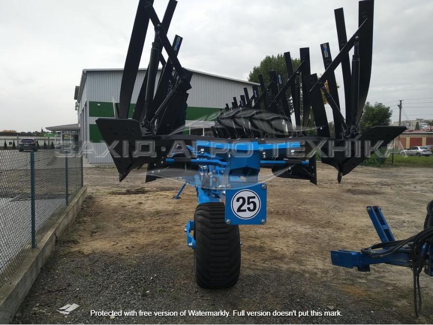 new RABE Kormoran reversible plough