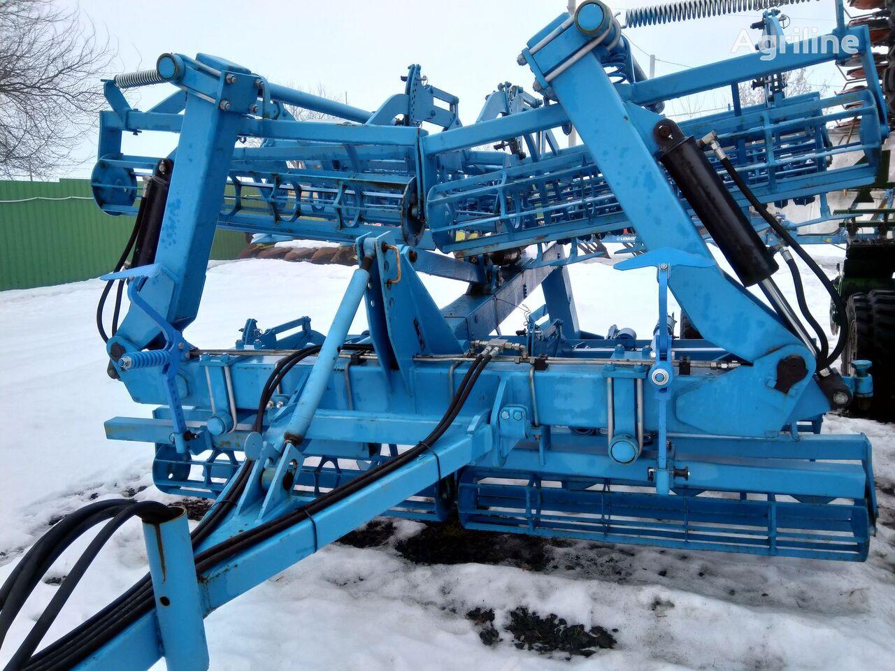 LEMKEN Kompaktor 600 seedbed cultivator