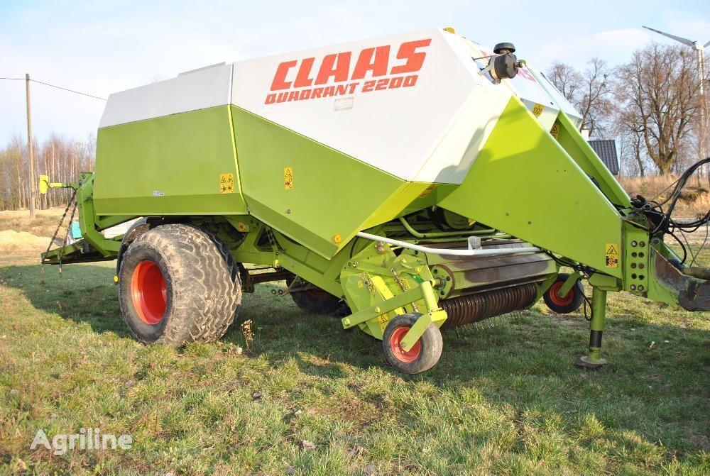 CLAAS Quadrant 2200 square baler