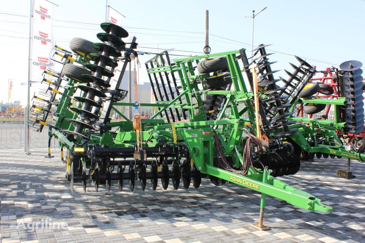 JOHN DEERE 726 stubble cultivator