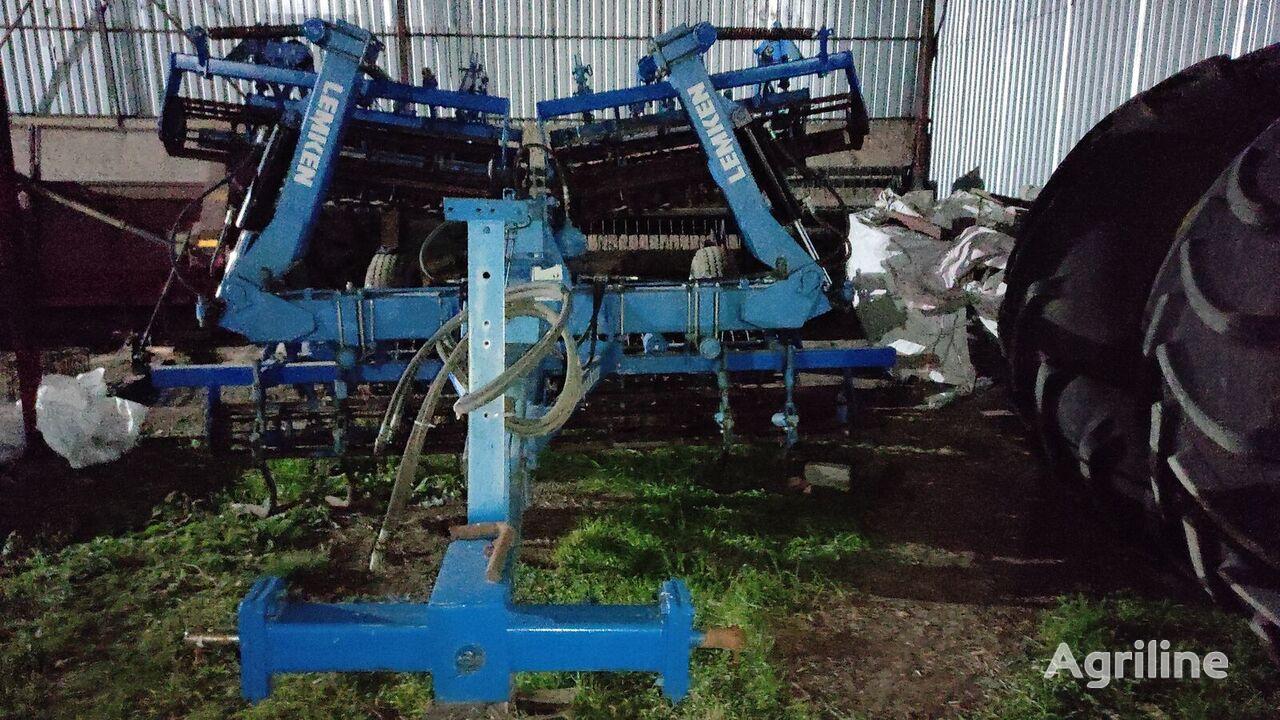 LEMKEN Kompaktor K 600  stubble cultivator