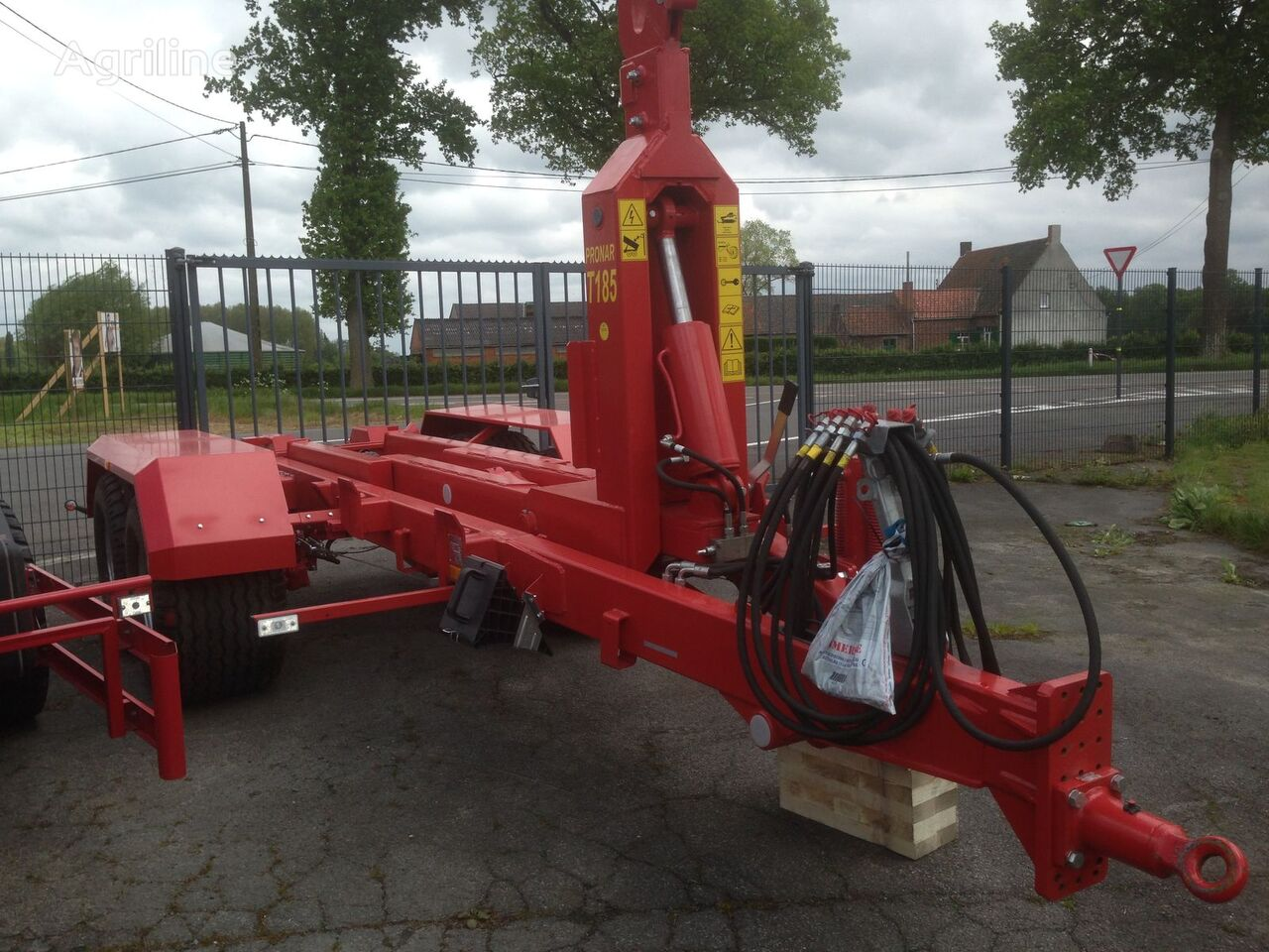 new PRONAR Uniwersalna przyczepa hakowa PRONAR T185 12,1 t tractor trailer